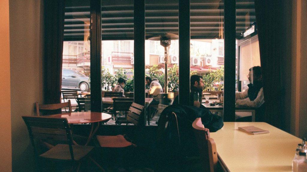 visit cafes in Seville