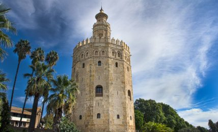 5 Curious facts about the Tower of Gold of Seville