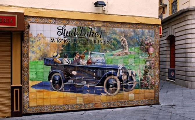 5 tips to know Tetuan street in Seville