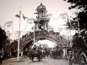 Original photograph of the ancient fair of April of Seville (between 1896 and 1921)