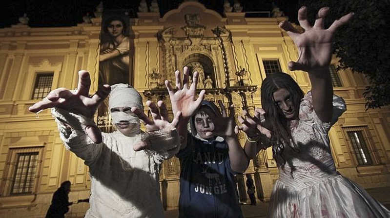 Visit Seville in November, the Celebration of the Dead